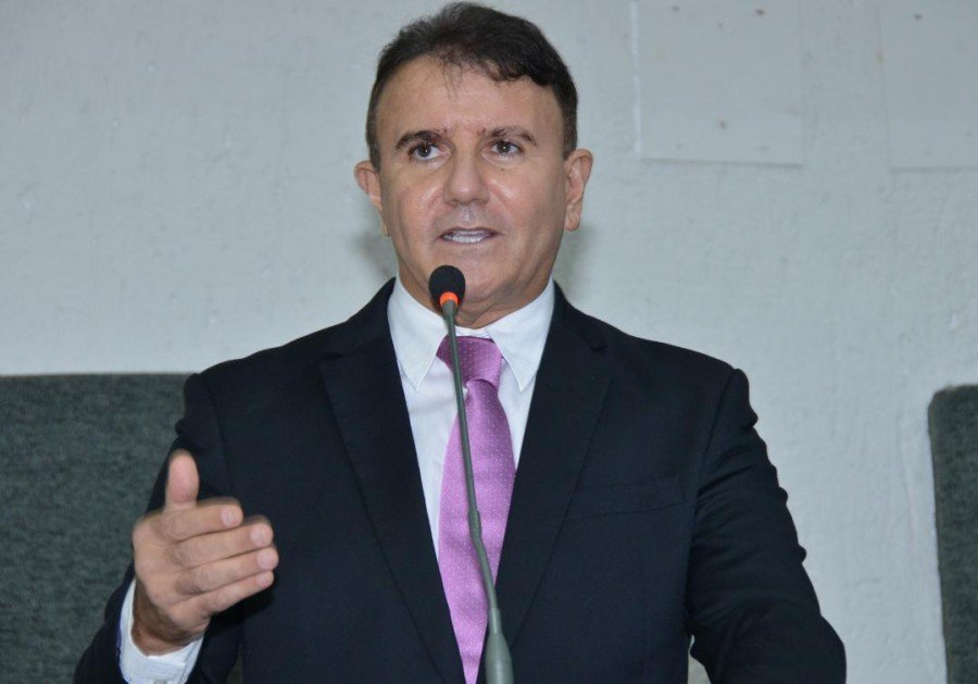Discussões foram iniciadas por Eduardo Siqueira Campos (Foto: Isis Oliveira)