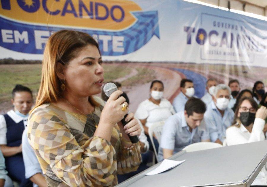 A titular da Seduc, Adriana Aguiar, apontou que muitos prefeitos estão procurando a Pasta para apresentar seus projetos (Foto: Marcio Vieira)