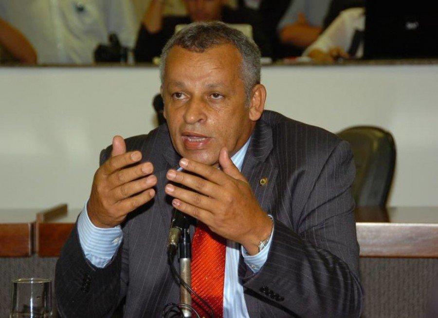 Ex-deputado Iderval da Silva