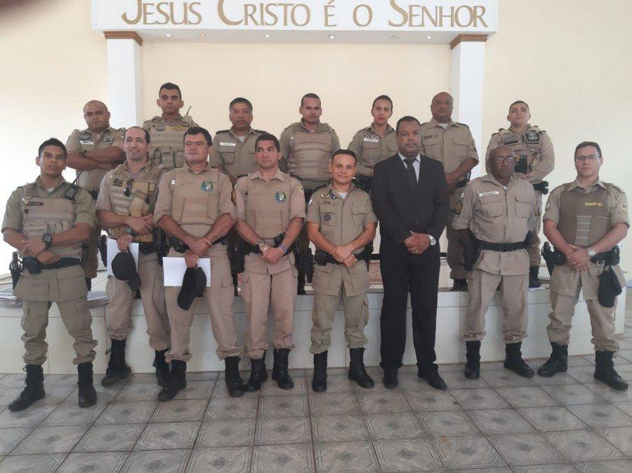 Homenagem demonstra reconhecimento social junto aos policiais militares (Foto: Ascom/5ª CIPM)