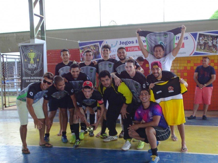 RB, futsal masculino, grande campeão da competição, atletas comemoram a conquista do direito de representar Palmas na competição estadual que acontece em Araguatins, em setembro