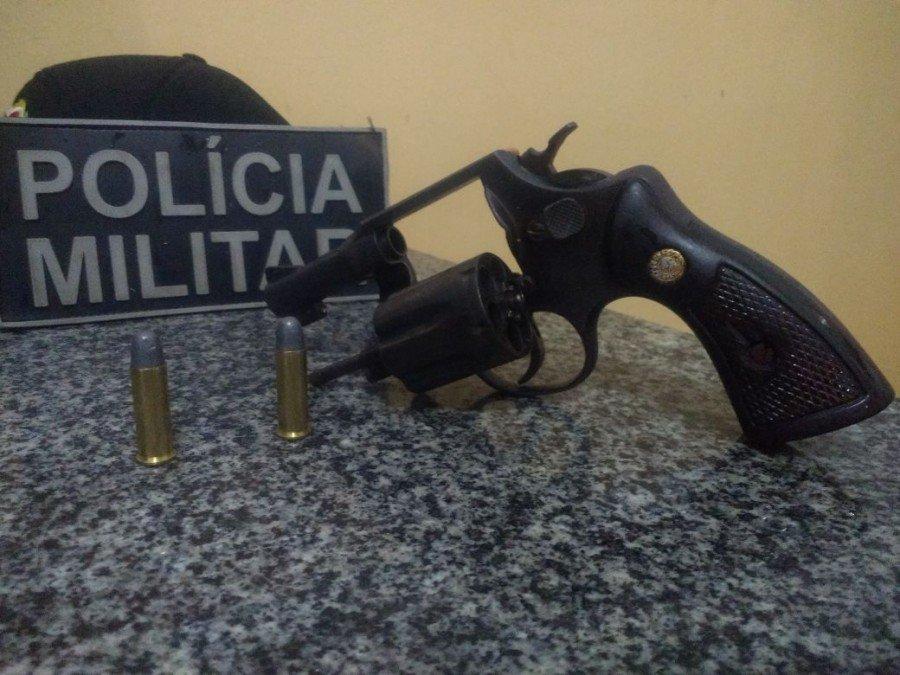 PM faz apreensão de arma de fogo em Gurupi (Foto: Divulgação PMTO)