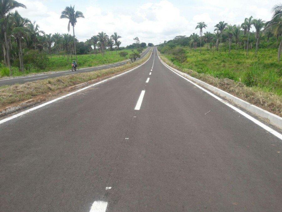 População de São Sebastião recebe asfalto novo na TO-010, para chegar à cidade