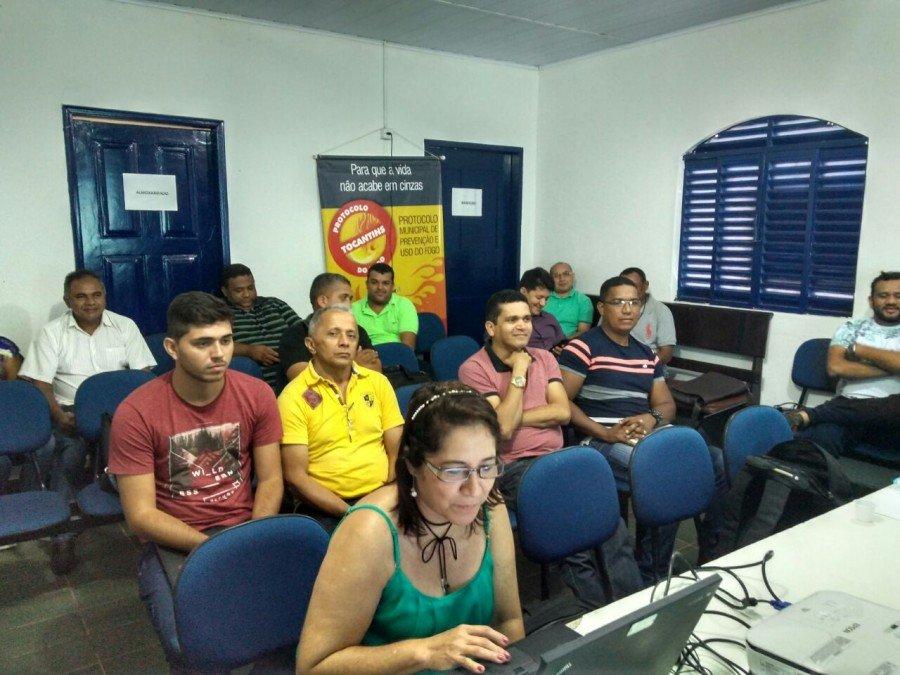 Reunião para implantação do Protocolo do Fogo, em Augustinópolis