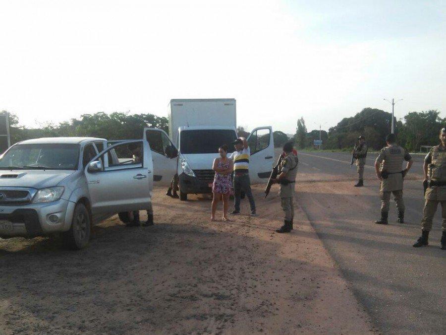 Abordagem em veículos em Araguatins