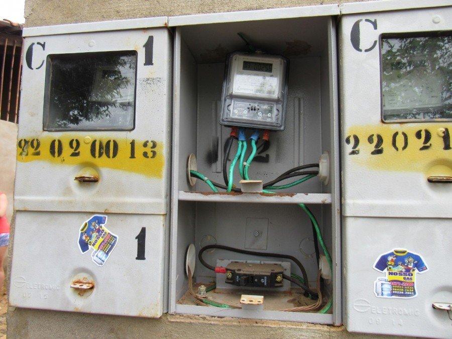 Mulher suspeita de furtar energia elétrica é presa pela Polícia Civil em Palmas