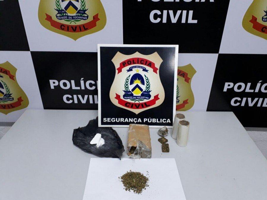 Drogas apreendidas em poder dos três suspeitos pela Polícia Civil