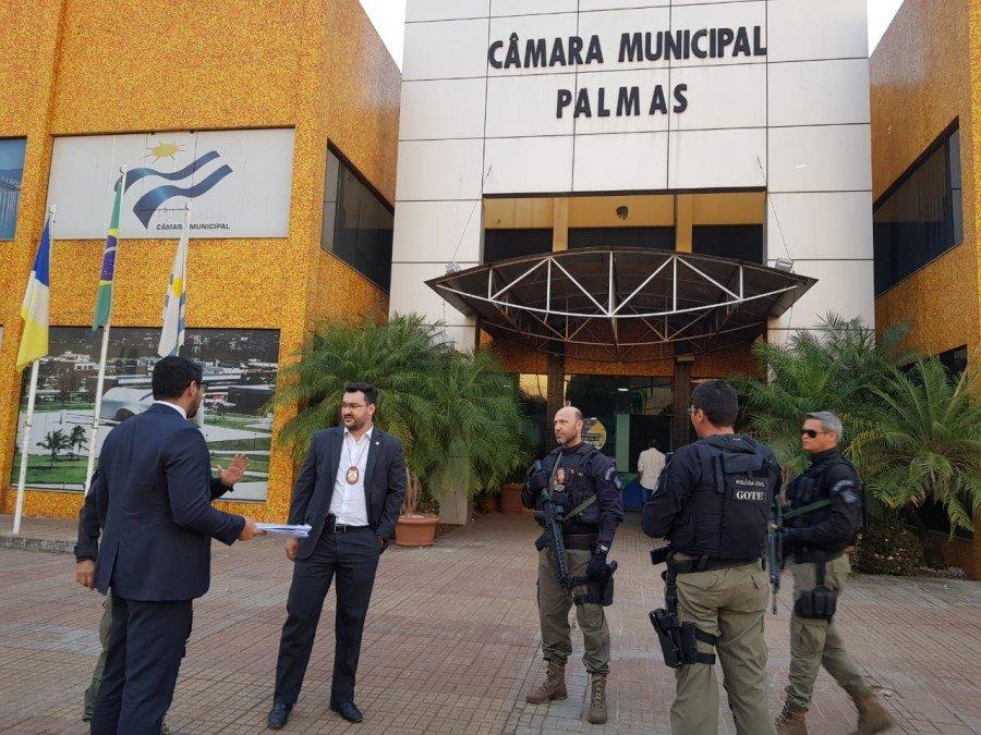 A operação decretou a prisão de 26 pessoas, entre vereadores e empresários, supostamente envolvidos em esquema de desvio de dinheiro público em ações esportivas