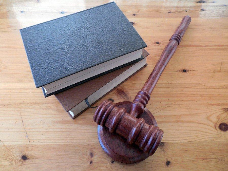 Homem é condenado pela Justiça por cometer injúria racial contra um vizinho