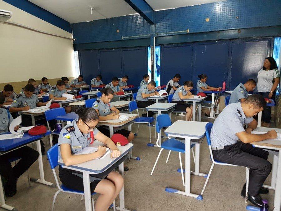 Alunos do Colégio da Polícia Militar de Araguatins realizam provas do SAETO
