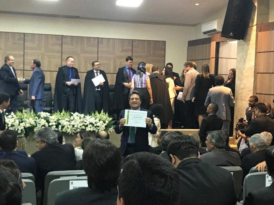 Deputado federal Osires Damaso (PSC) é diplomado em cerimônia da justiça eleitoral  (Ascom TRE/TO / Dicom ALTO)