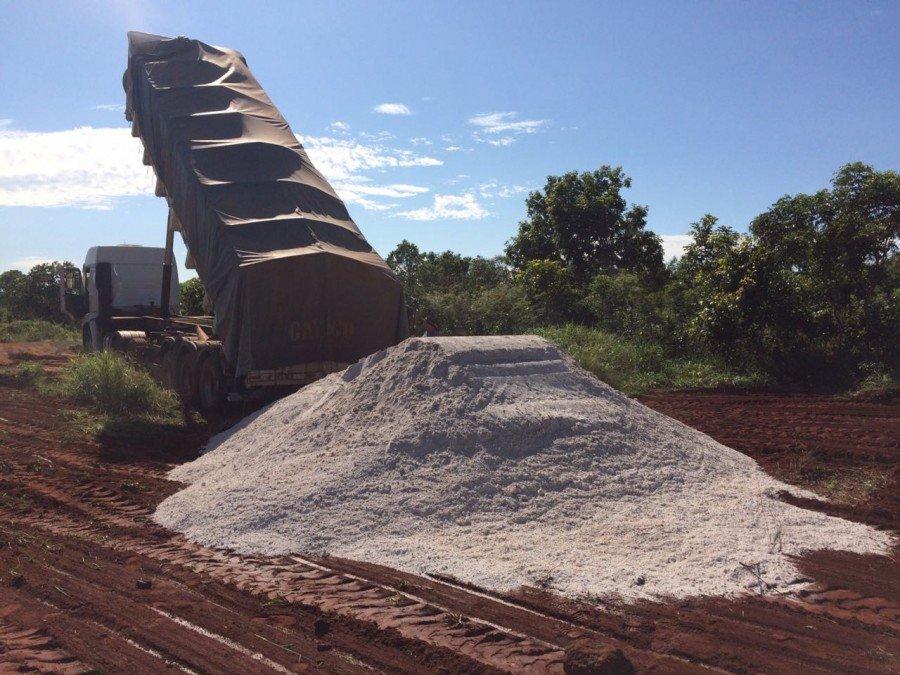 Mais de 1.270 toneladas de calcário são distribuídas para melhoria da Agricultura Familiar de Palmas