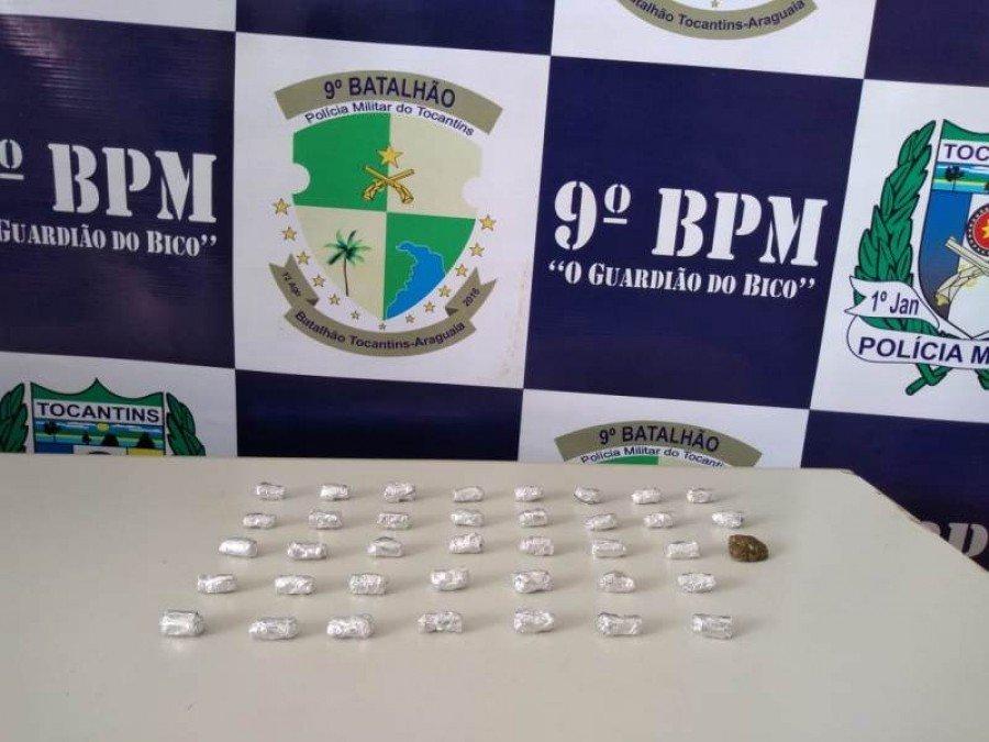 Droga apreendida pela PM em poder dos suspeitos em Bela Vista