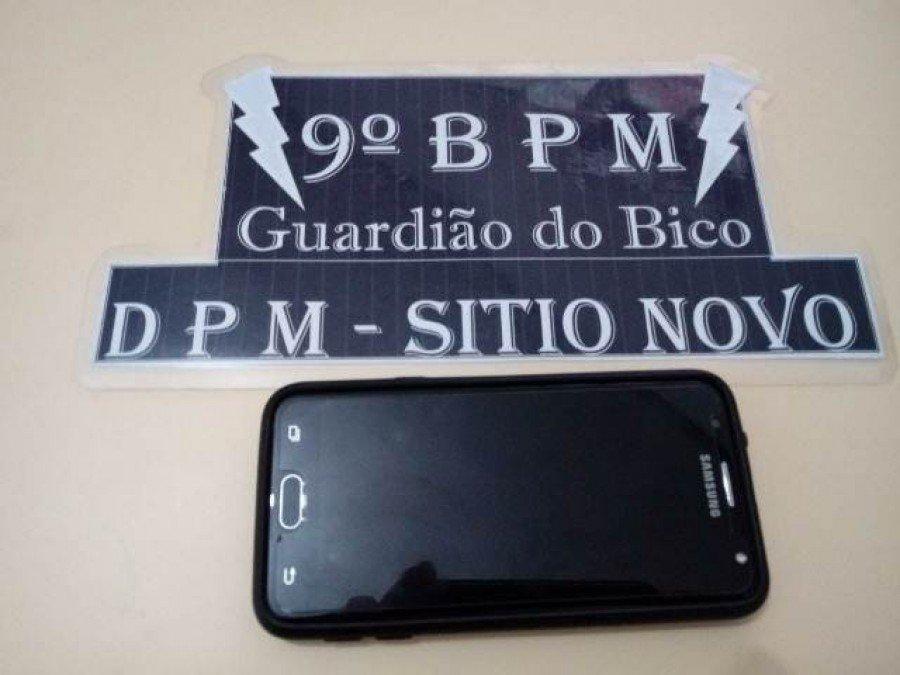 Aparelho de celular recuperado pela PM em Sítio Novo