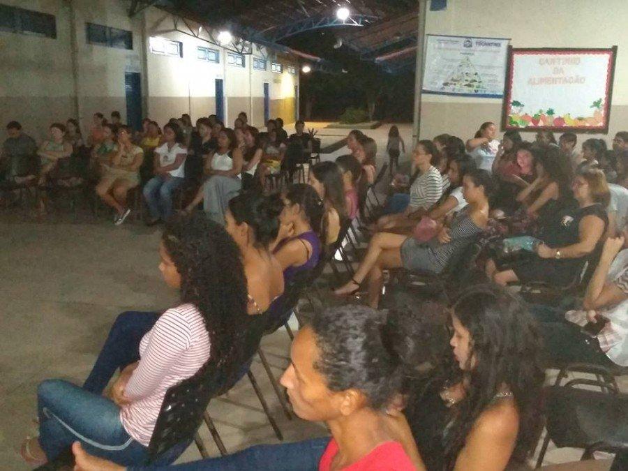 Evento reuniu comunidade acadêmica para debater assuntos relevantes para as mulheres