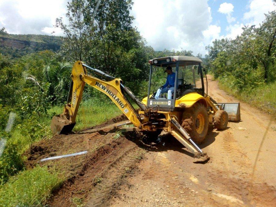 Mais de 20 máquinas pesadas estão nesta quarta-feira, 20, realizando trabalho de recuperação de cerca de 200 km de estradas vicinais