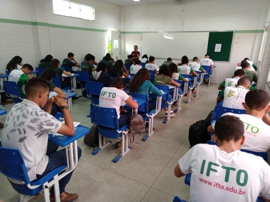 140 estudante da unidade Araguatins realizaram a prova