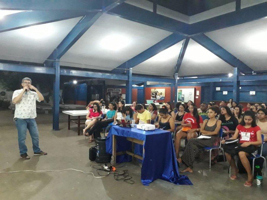 Evento teve como objetivo orientar os acadêmicos sobre normas da escrita acadêmica (Foto: Divulgação /Ascom Unitins)