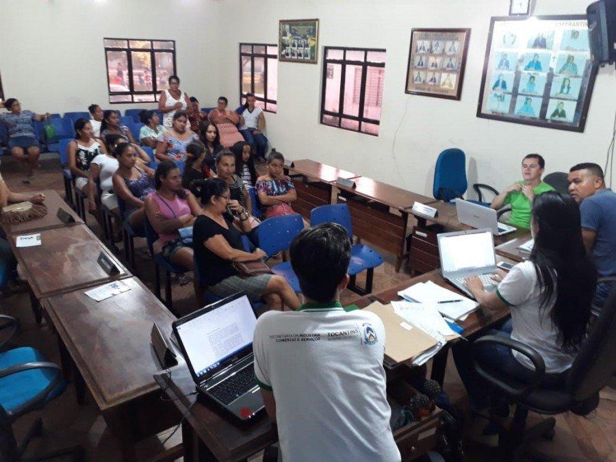 Foram levantadas informações sobre a produção do artesanato de 11 municípios da região do Bico do Papagaio