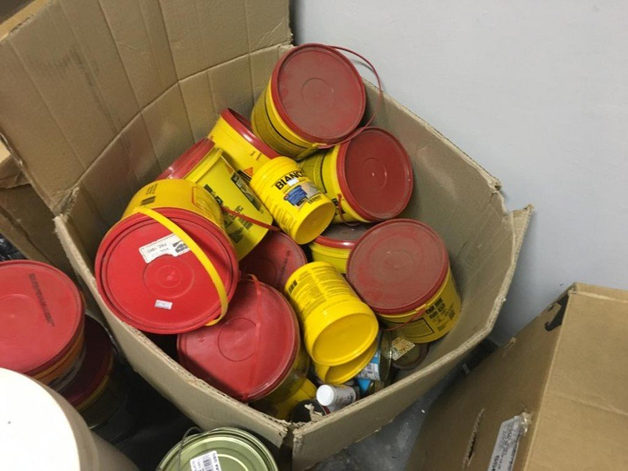 Ao todo mais de 220 produtos comercializados irregularmente, foram retirados das prateleiras