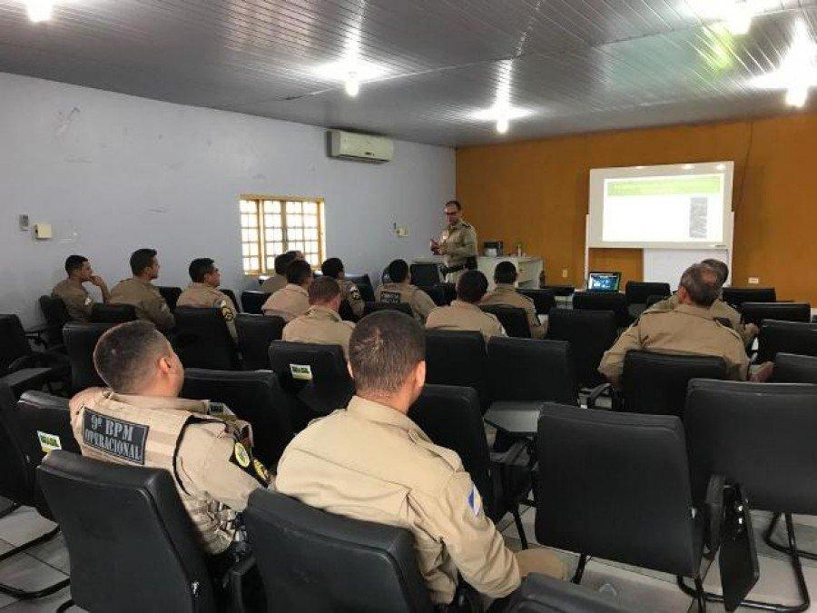 Alunos recebendo as instruções do curso Termo Circunstanciado de Ocorrência em Araguatins