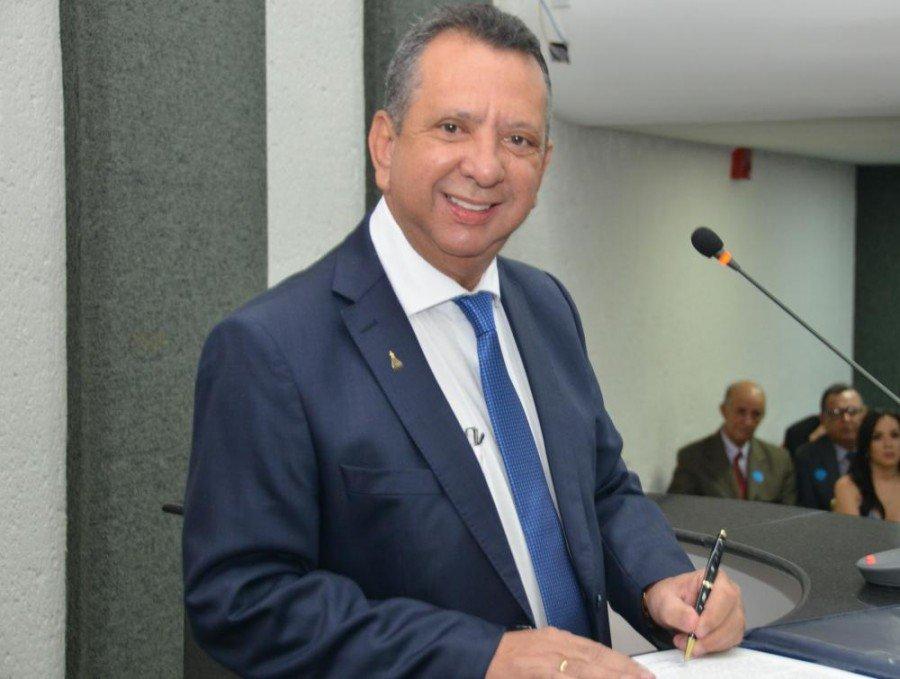 O parlamentar obteve 21 votos (Foto: Isis Oliveira)