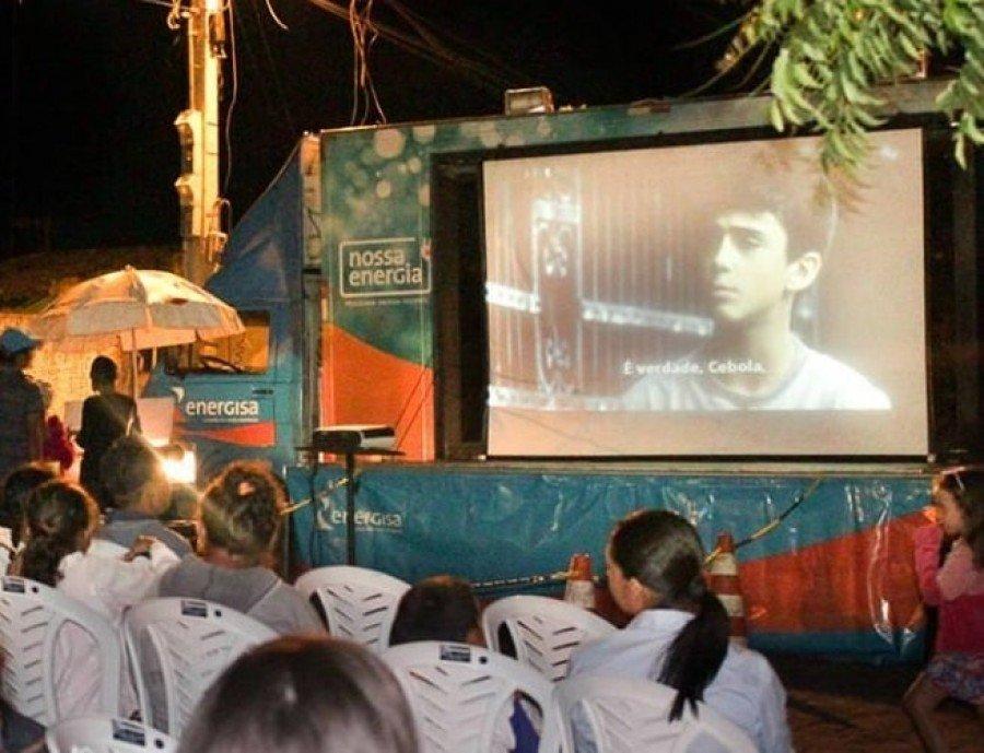 Projeto Ligados da Energisa levará cinema gratuito para três municípios do Bico do Papagaio