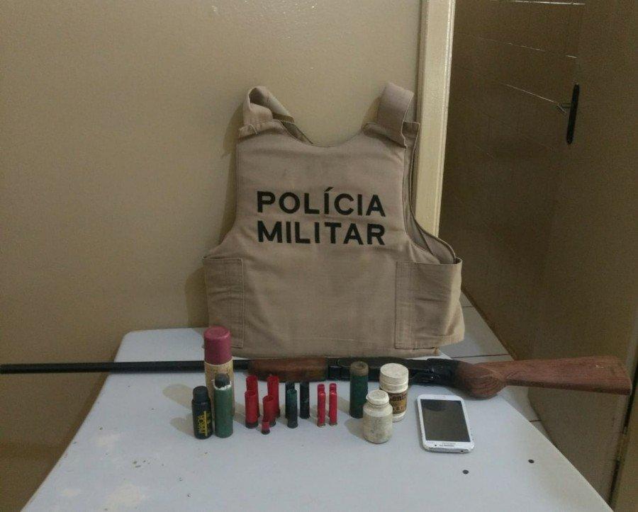 PM prende em Talismã homem acusado de porte ilegal de arma de fogo