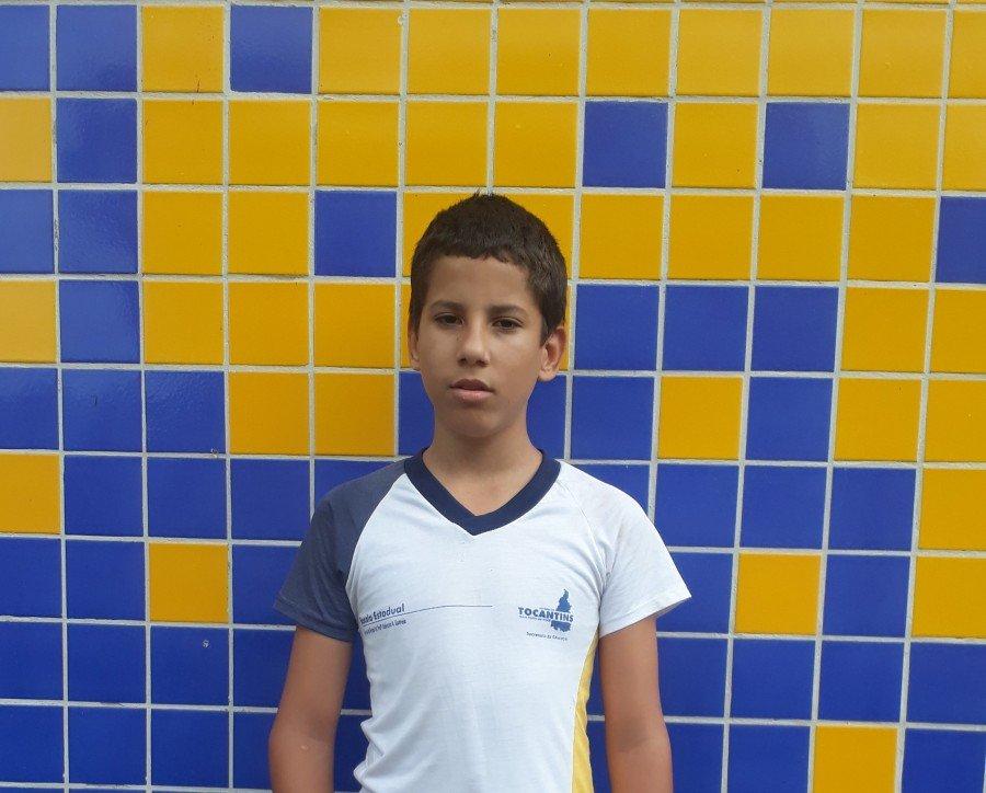 Estudante Ryan Alves Teixeira, da Escola Estadual Girassol de Tempo Integral Profª Aldenora Alves Correia, de Tocantinópolis