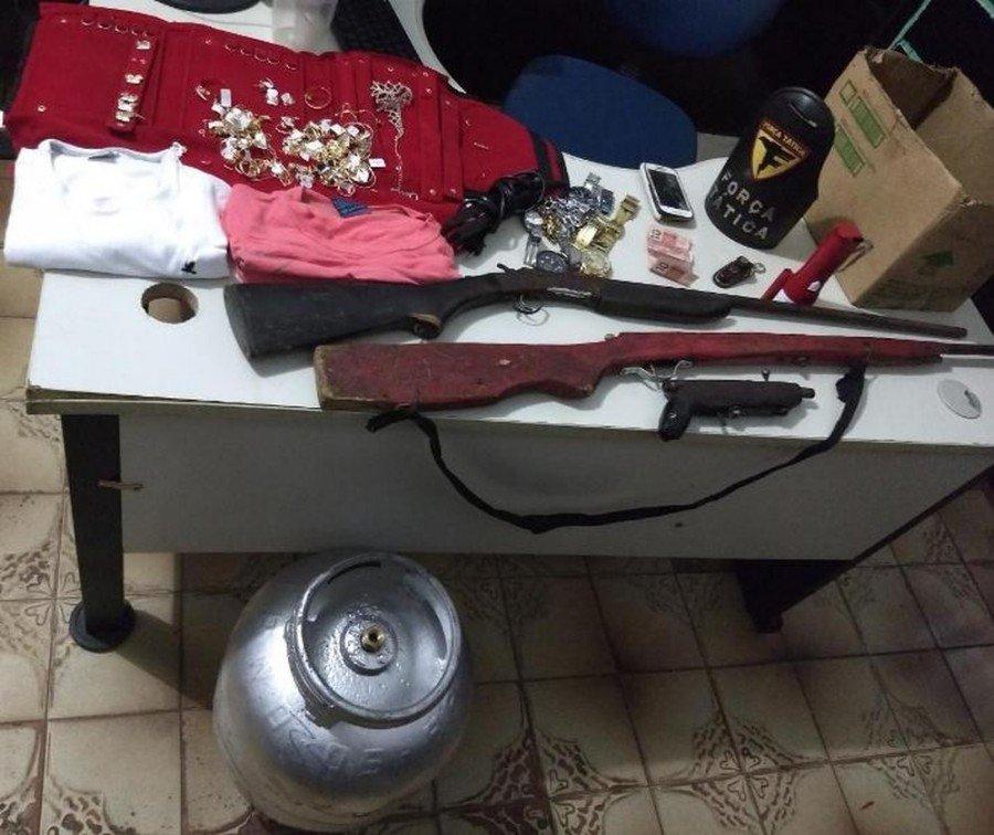 Objetos apreendidos pela PM em Araguatins