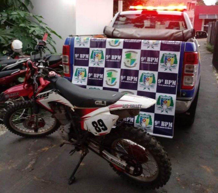 Veículo apreendido pela PM em Araguatins