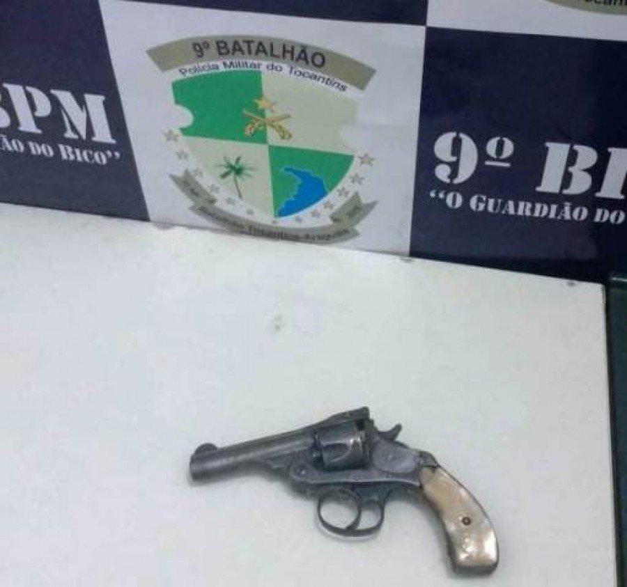 Arma apreendida pela PM em poder dos autores em Maurilândia (Foto: Divulgação/9º BPM)