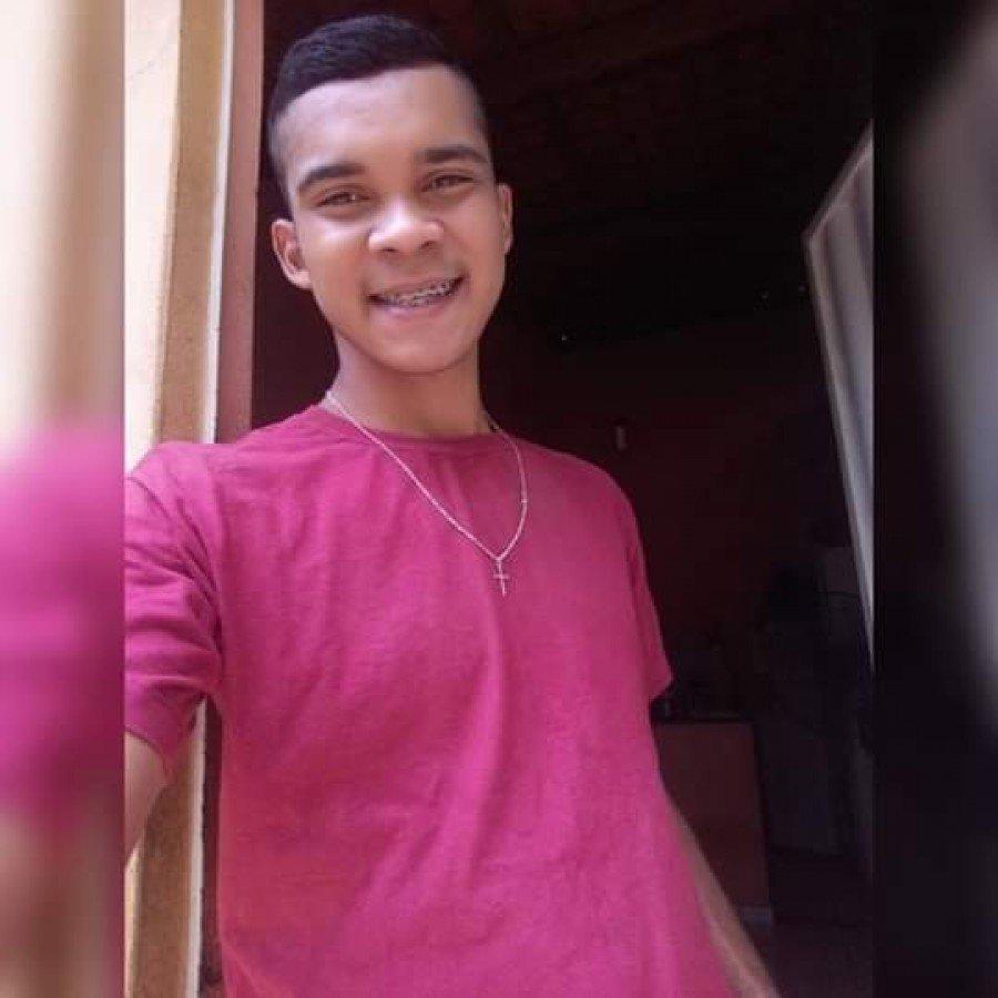 Wanderson Lima Gomes, de 20 anos, foi morto no bairro Alto Bonito durante a noite desta quinta-feira (3), em Imperatriz-MA