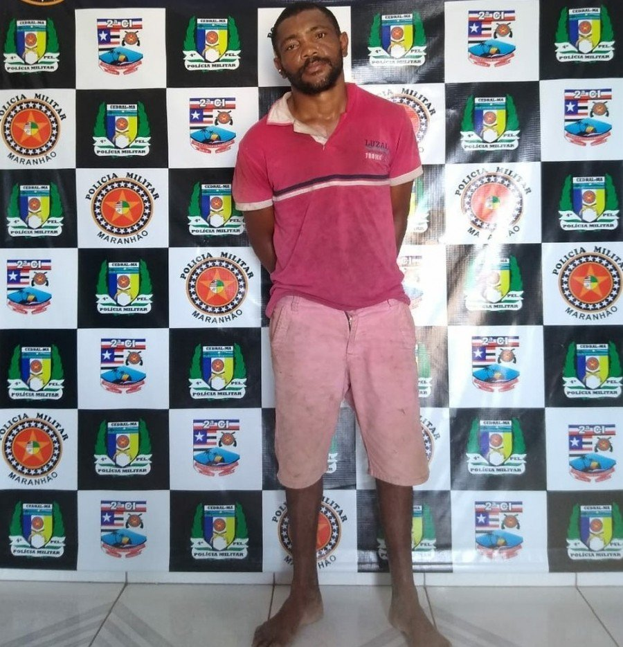 Arlisson Santos Costa, 33 anos, conhecido como Cara de Bosta, foi autuado e encaminhado pelos crimes de roubo e agressão